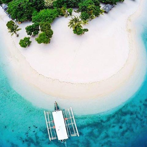 Canigao Island, southern Leyte, Philippines. Awesome shot by @nicogavan #canigao